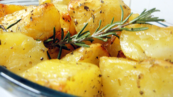 Your roasted Garlic and Herb potatoes are ready to be served.